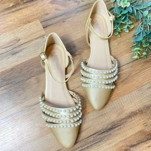 Refresh | Pointed Gold and Pearl Flats